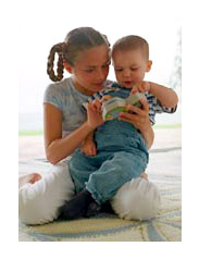 Kids reading photo